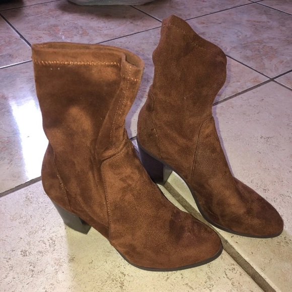 Forever 21 Shoes - Brown sock boots size 7